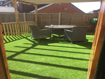 Artificial grass installers leicestershire artificial grass for Garden decking hinckley